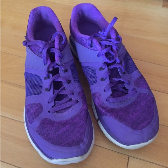 Nike Shoes | Womens Purple Nike Tennis